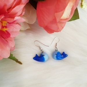 Jewelry - NEW ombre whale earrings